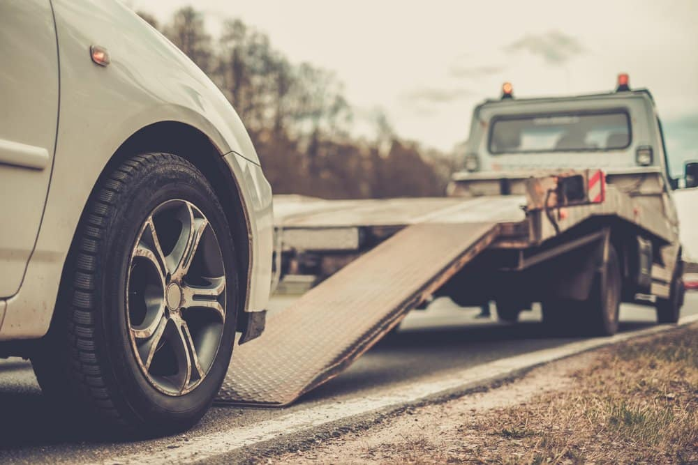 Mississauga towing service Image